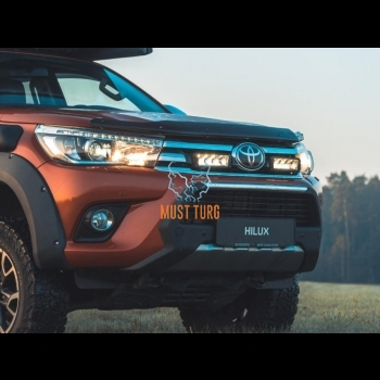 High beam kit. Toyota Hilux 2017- Lazer TRIPLE-R 750