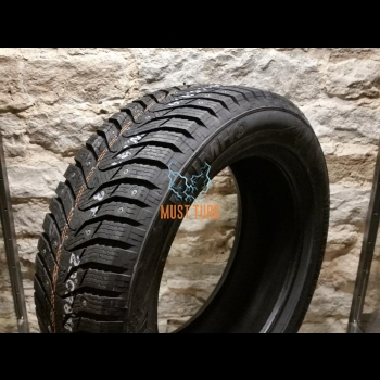 225/45R18 95T XL Kumho WinterCraft WI31 studded