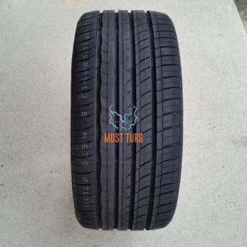 235/40R18 95W XL RoadX RXmotion U11