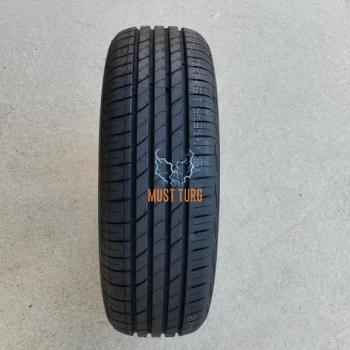 215/60R16 95V RoadX RXmotion H12