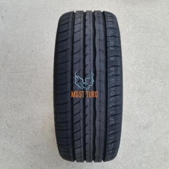 215/50R17 95W XL RoadX RXMotion U11
